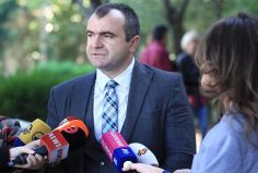 ადვოკატი ალექსანდრე კობაიძე ამბობს, რომ რუსთავში მაჟორიტარად კენჭისყრას აპირებს