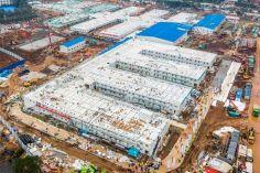 როგორ გამოიყურება უხანში 10 დღეში აშენებული საავადმყოფო. ფოტო